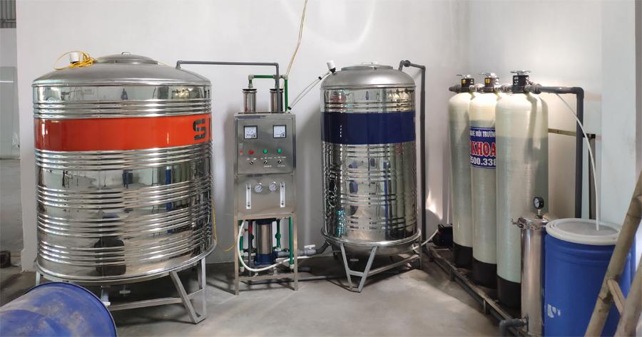 Đào tạo sản xuất sơn nước
